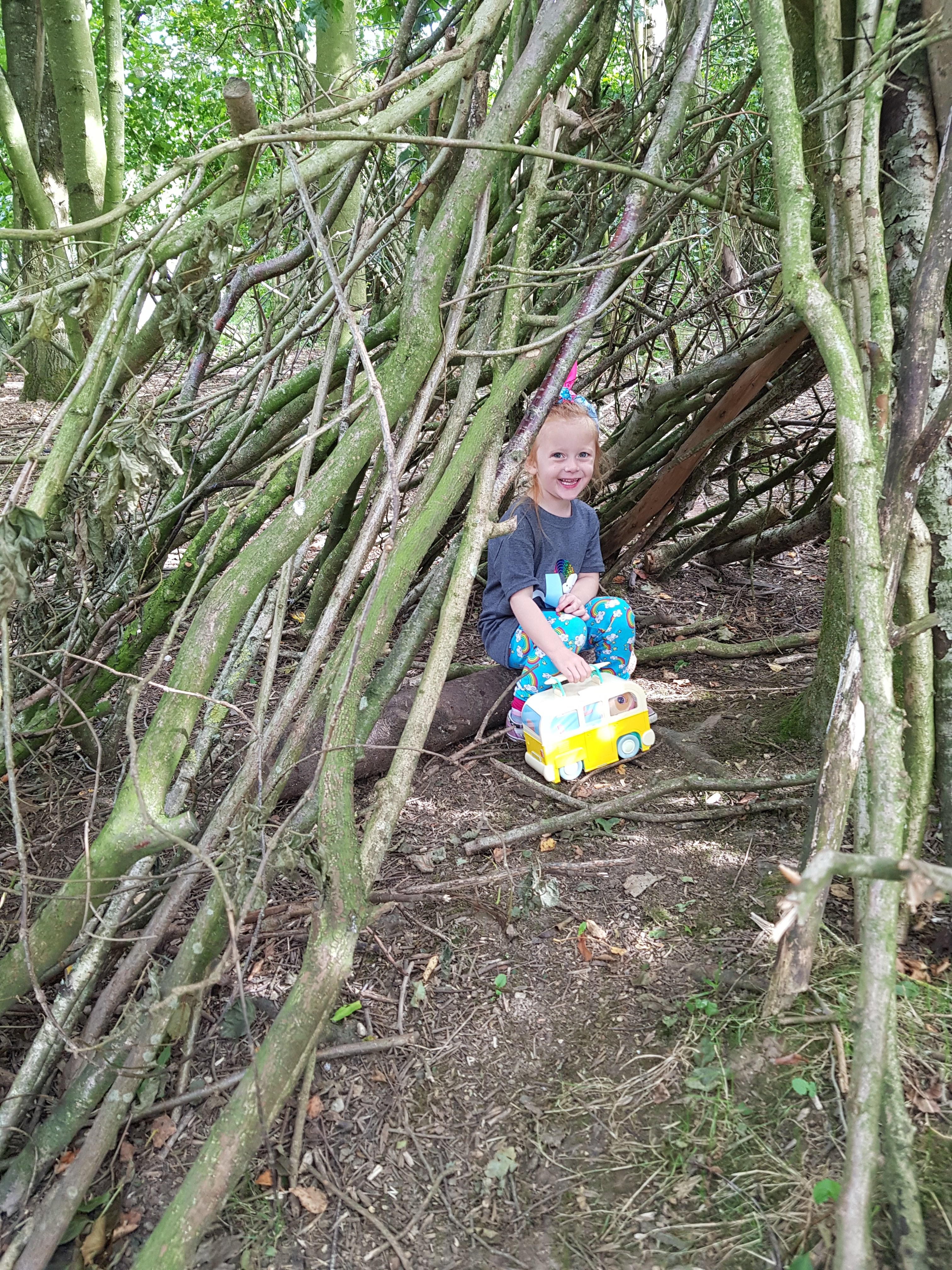 More woodland dens!