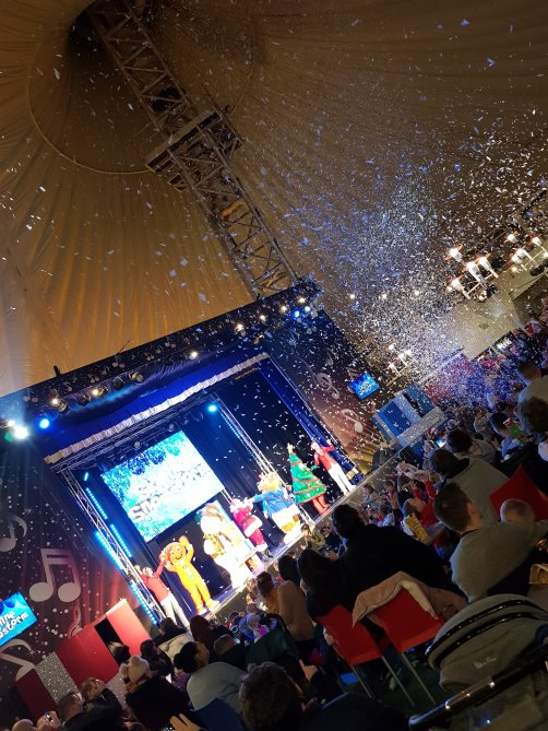 The Skyline Pavilion hosted its own shows on the huge stage