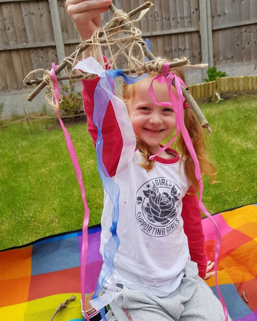 She enjoyed making her own dreamcatcher thanks to Little Trekkers!