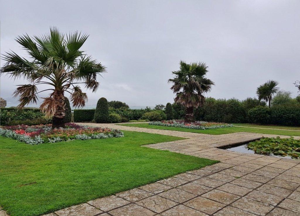Sandsfoot Gardens