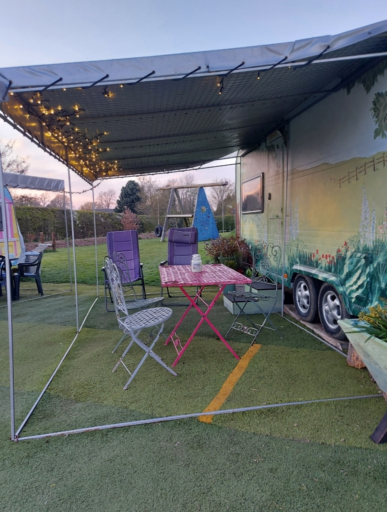 Lovely place to sit out and enjoy the evenings under the stars and fairy lights!