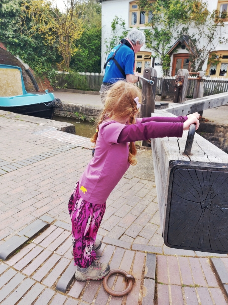 The staff on the locks were so friendly - Lily had great fun!