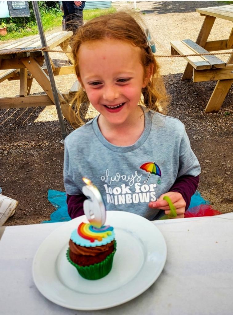 Her beautiful cupcake from Caliko & Cake