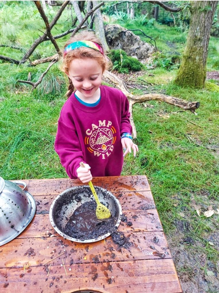 Mixing up some mud cake!