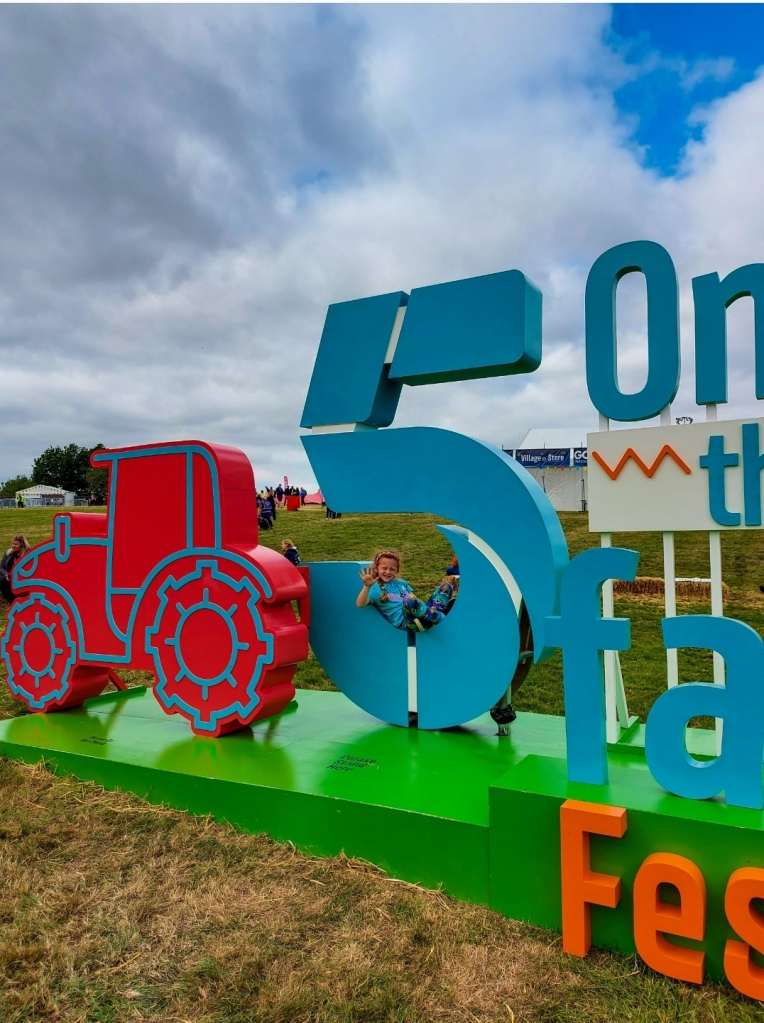 High 5 to 5 on the Farm - see you next time!